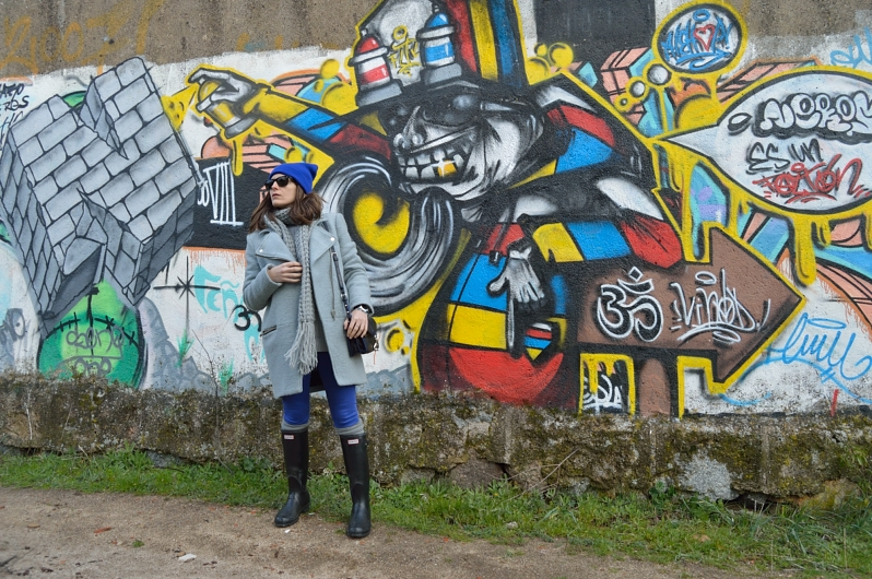 lara-vazquez-madlula-blog-colourful-cobalt-grey-look