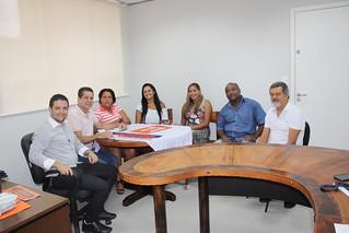 Adriano Lateri, David Martins, Diva, Nena, Gil, J.C. e Cláudio Prado debatem problemas de Taboão da Serra