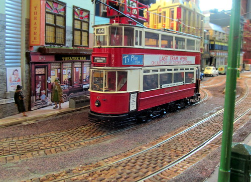 Chesfield O gauge tram layout