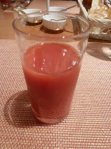 シチリア産の赤いオレンジジュース