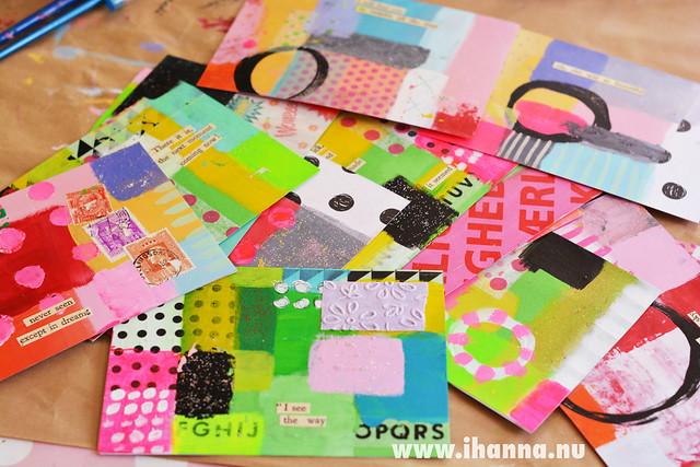 iHanna's Postcard Pile