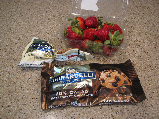 Chocolate Covered Strawberries Ingredients