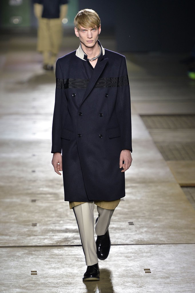 Paul Boche3643_1_FW15 Paris Dries Van Noten(fashionising.com)