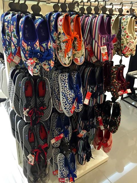 sm-sneakers