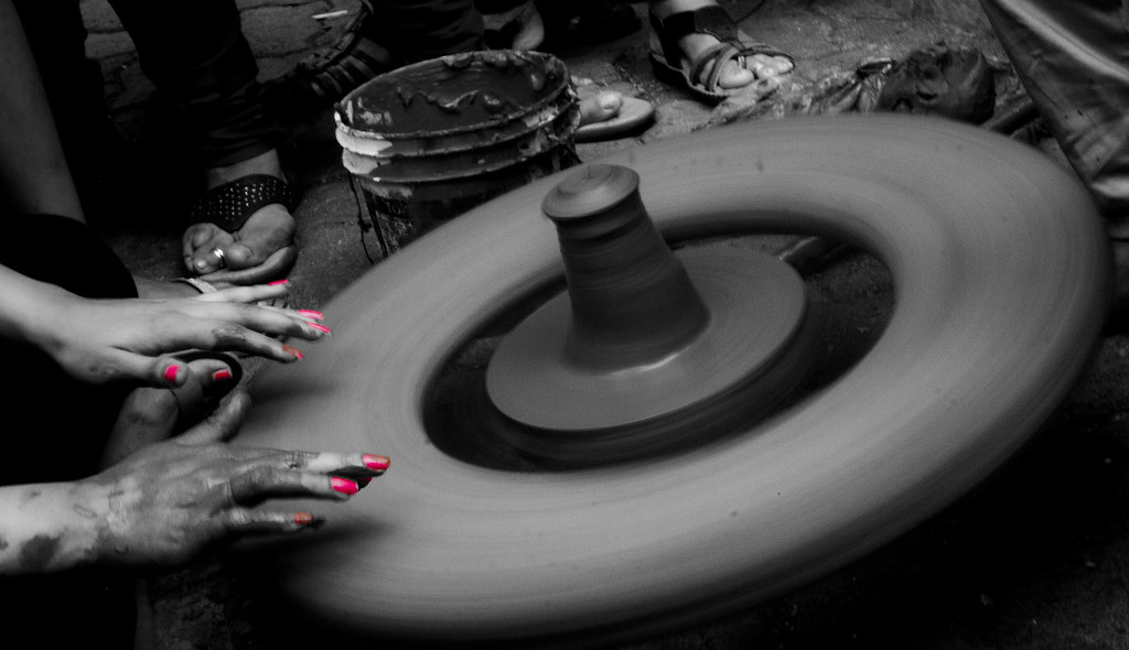 IMG_2015_02_07_009638pottery making bw
