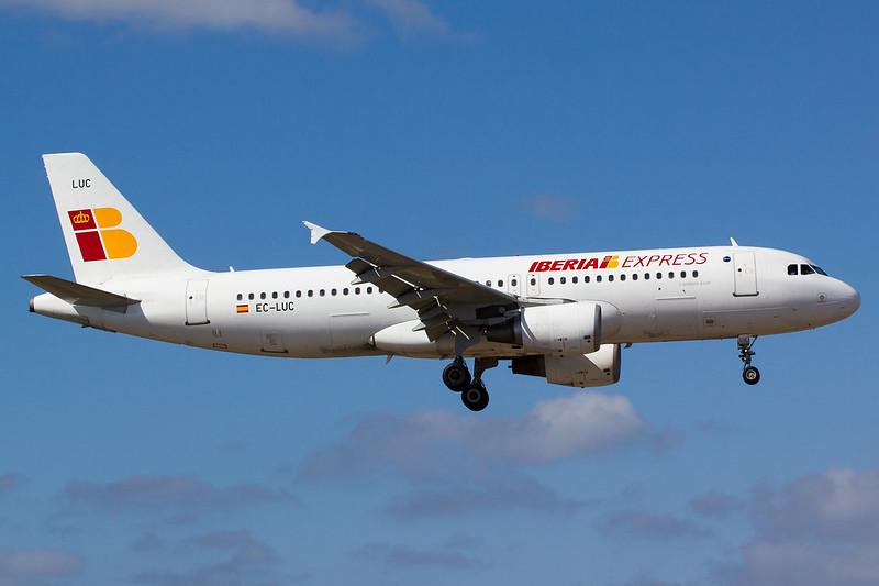Iberia Express - A320 - EC-LUC (1)