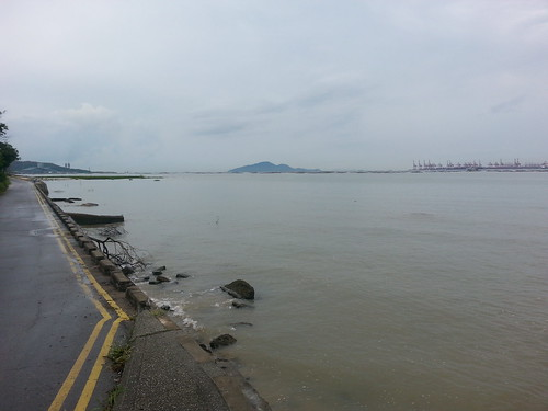 Cycling around Hong Kong New Territories, north east area.