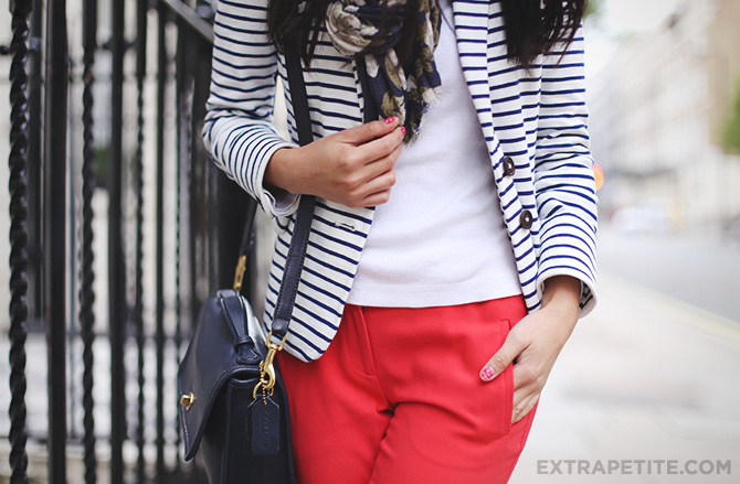 striped blazer red pants3