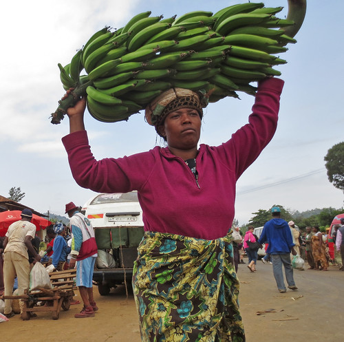 TanzaniaBananaMarket-9