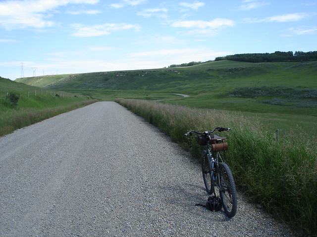 Gravel Grinding on the LHT