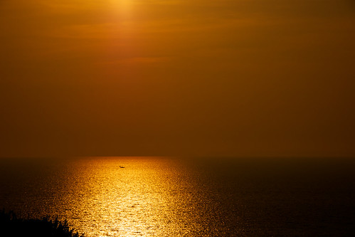 sunset reflection japan quiet waterfront time peaceful nopeople calm copyspace tohoku goldenhour oceanfront wop seaofjapan alamy akitaprefecture photospecs yurihonjo lumixgvario100300f4056 eveninggoldenglow
