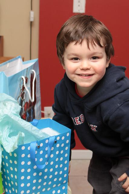 Manu et les cadeaux