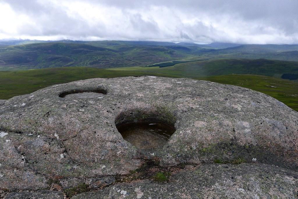 Punch bowls on Sgor Mor