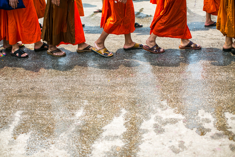 monks pi mai feet