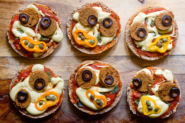 Zomberoni Pizza Faces