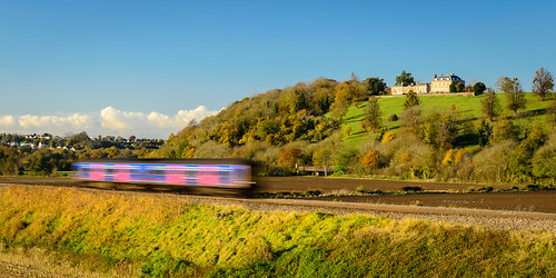autumn house motion blur train kelstonpark