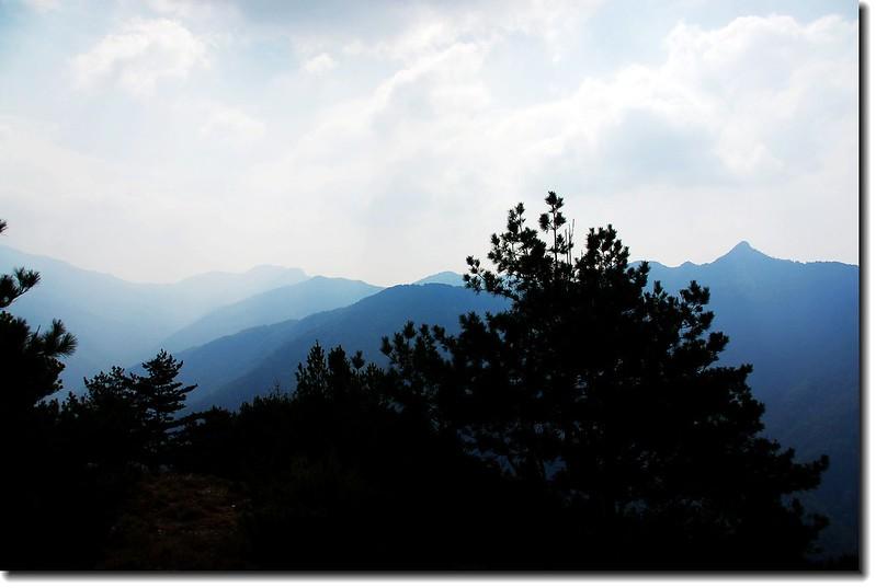 鹿山向東展望