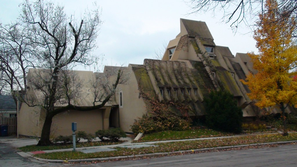 The Kirsch Sci Fi Home Oak Park IL
