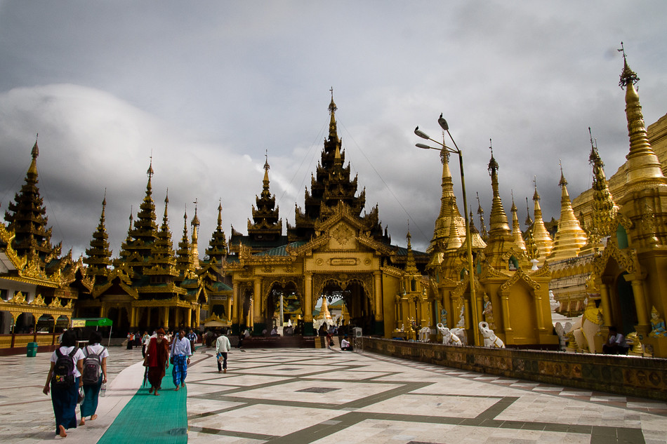 2013 09 19_z2strony_Yangon_P9180156