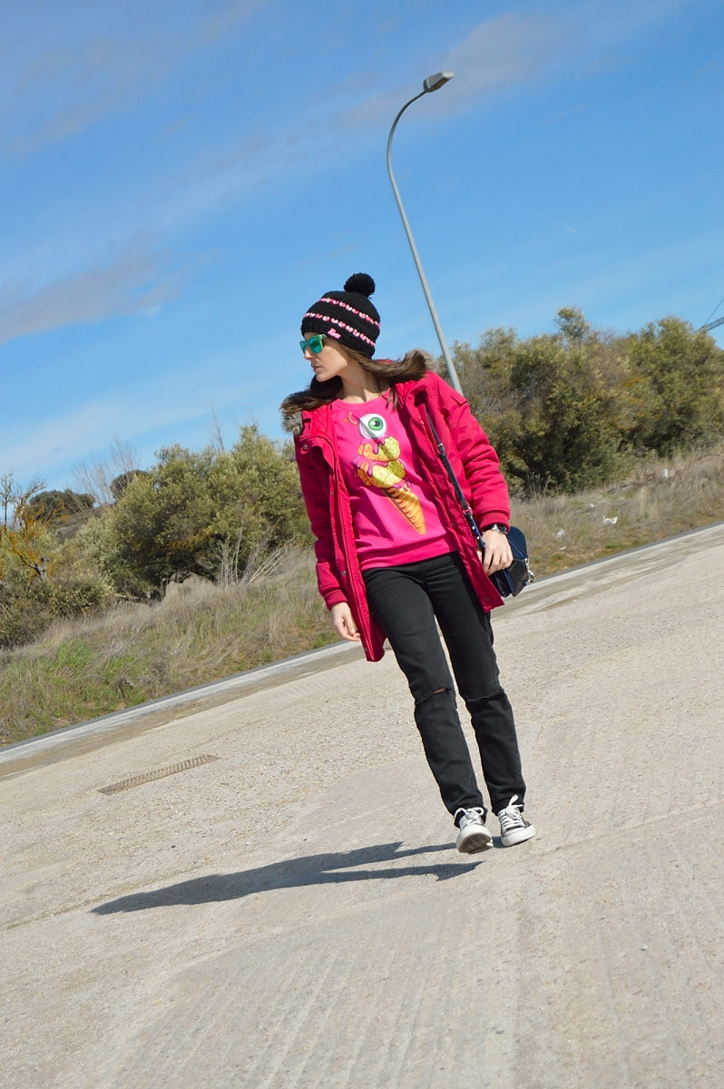 lara-vazquez-madlula-blog-fucsia-parka-sweater-green-shades-casual-outfit-winter