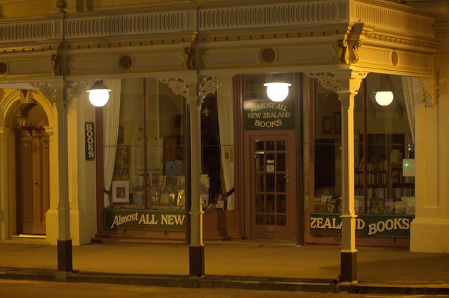 Oamaru - Almost All New Zealand Books