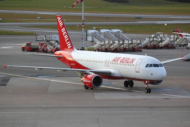 Air Berlin - A320 - D-ALTK (1)
