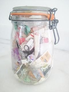 4口之家一年的垃圾量,只要一個玻璃瓶就能裝完。