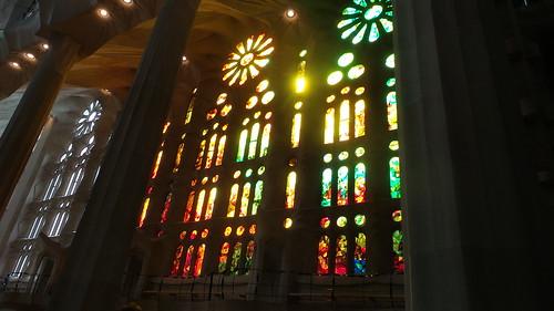 ถ่ายที่โบสถ์ Sagrada Familia สร้างมาเป็นร้อยปี ยังไม่เสร็จ