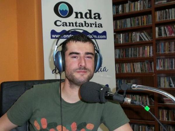 Miguel Terrés, dirige, realiza y presenta los lunes a las 19 horas @melodiaselctrcs