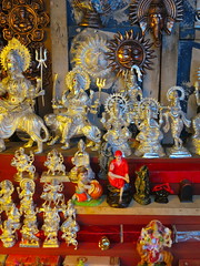 Hindu tchotchkes