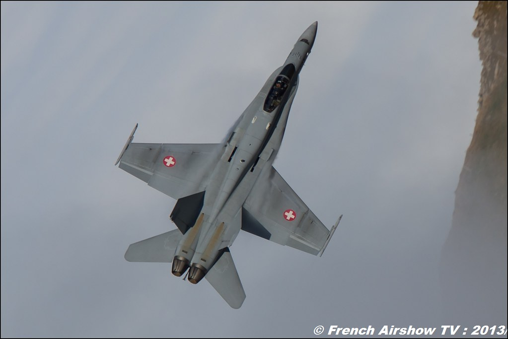 F/A-18 Hornet Exercices de tir d'aviation Axalp, Axalp / Brienz, Abeflue ,Axalp 2013
