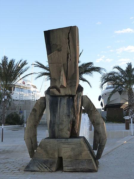 statue du Quai Saint-Pierre