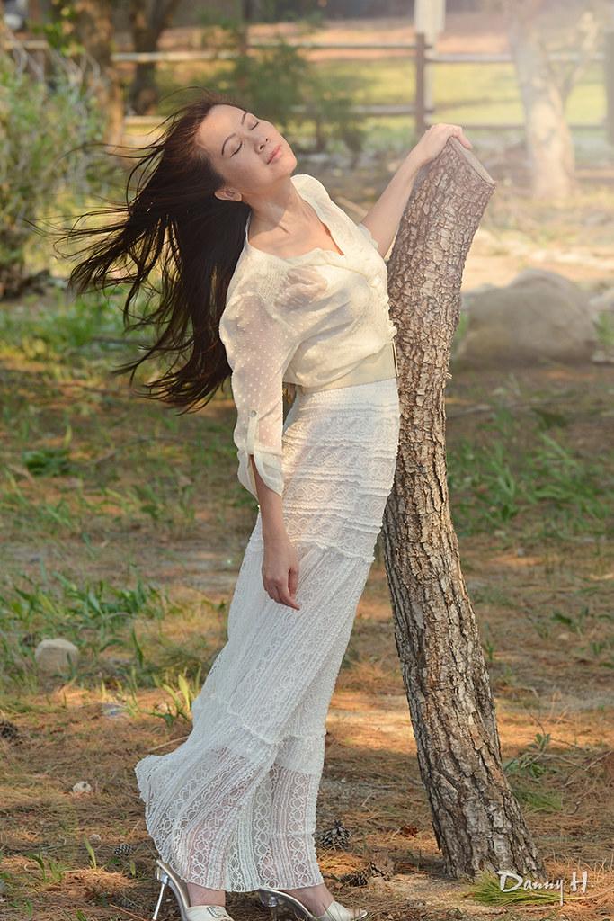 Vietnamese Woman Spring White Dress Fashion Photography Nhiep Anh Viet Nam Gio Wind Air
