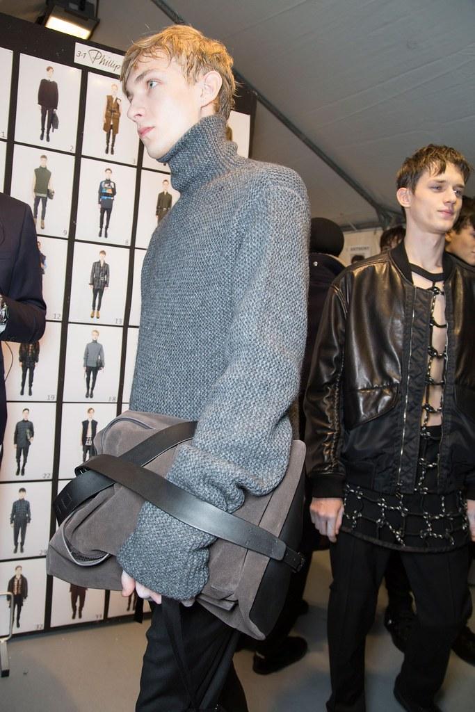 Yulian Antukh(Antuh)3134_FW15 Paris 3.1 Phillip Lim(fashionising.com)