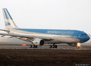 A330-200_AerolineasArgentinas_F-WWKQ-002_cn1605