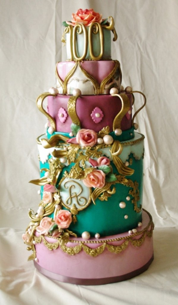 Golden Swirls and Crown Cake by Dummy Cakes
