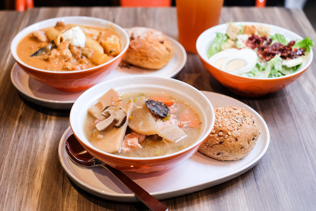 The Soup Spoon's SG Chicken and Mushroom, Velvety Mushroom Stroganoff and Peppery Chicken Hotpot @ ION Orchard