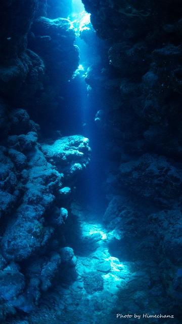なが~く続く洞窟はワクワク感がたまらんですね♪