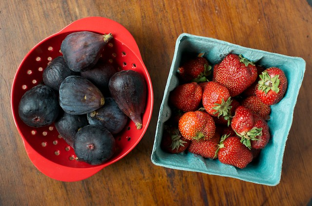 figs and strawberries