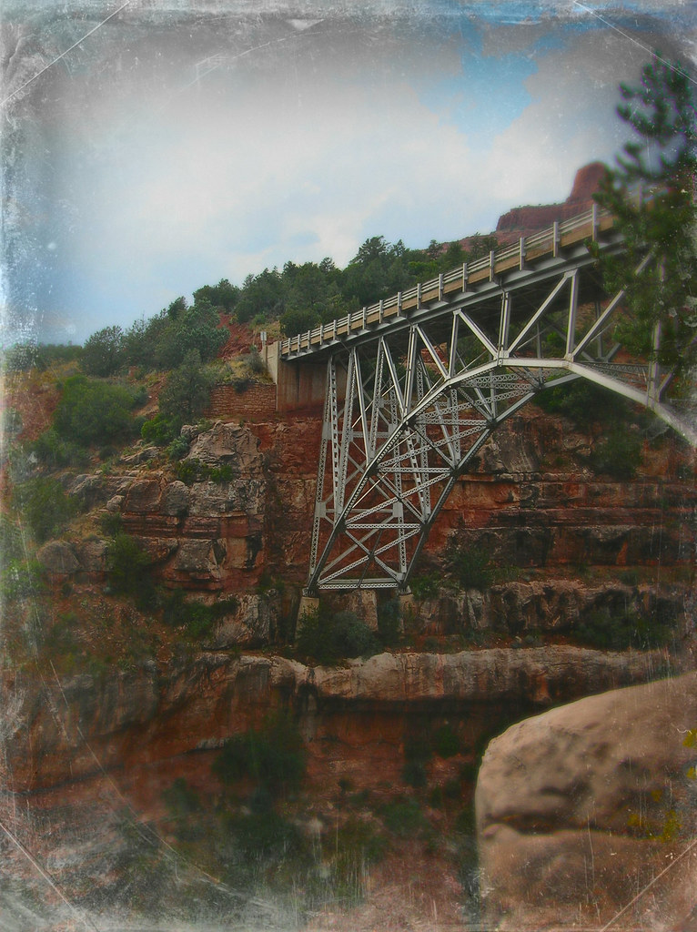 Sedona, Bridge