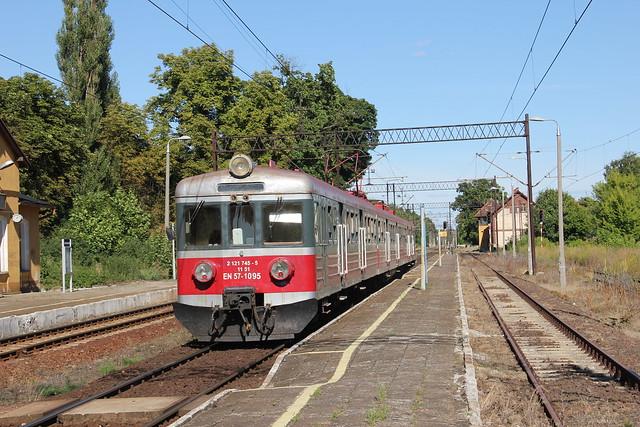 PR EN57-1095 , Samostrzel train station 23.07.2013