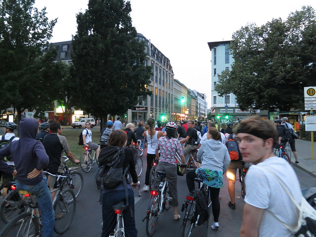 Critical Mass - stop and go