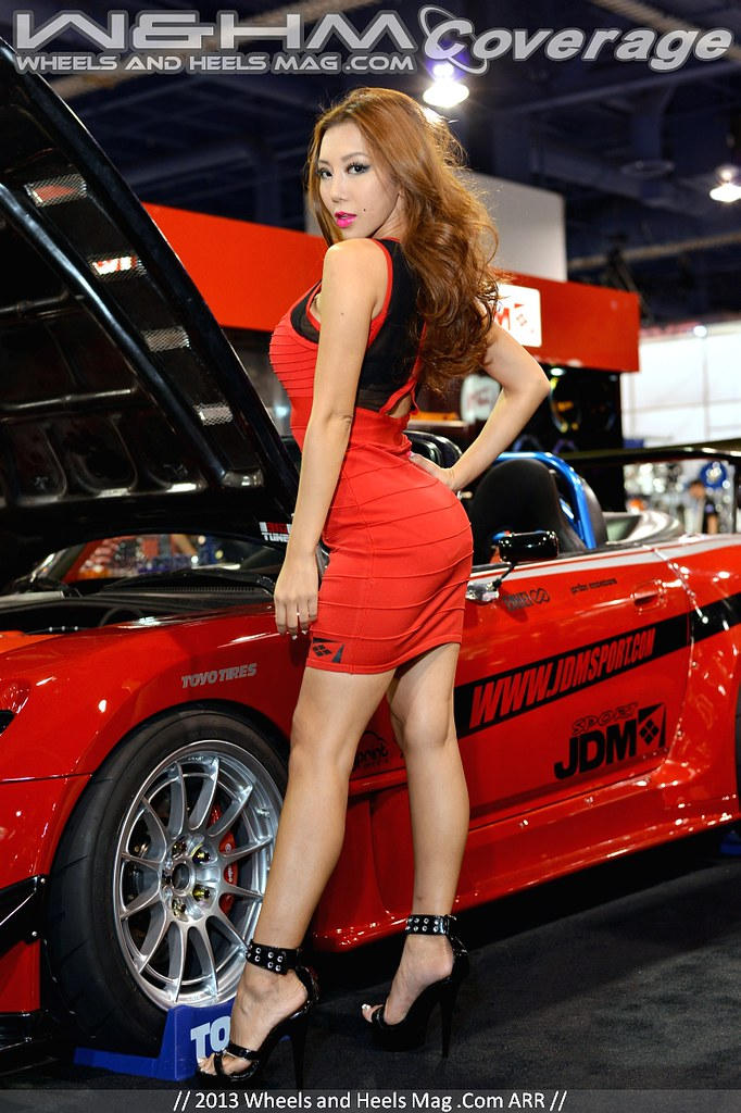 Top Quality HQ HR Pictures Of Girls Of SEMA Car Show Las Vegas - Car show in vegas today