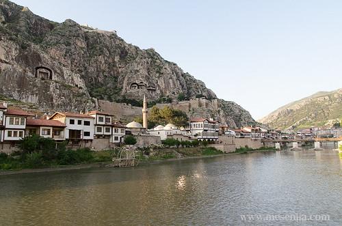 Amasya_y_el_río