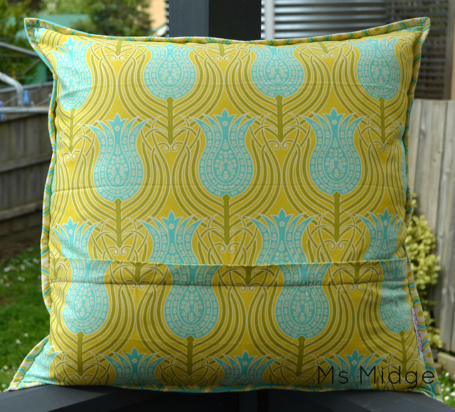 Paper Pieced Quilted Cushion