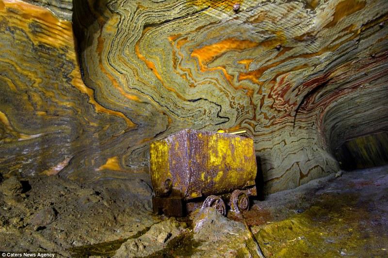 mina de sal psicodélica