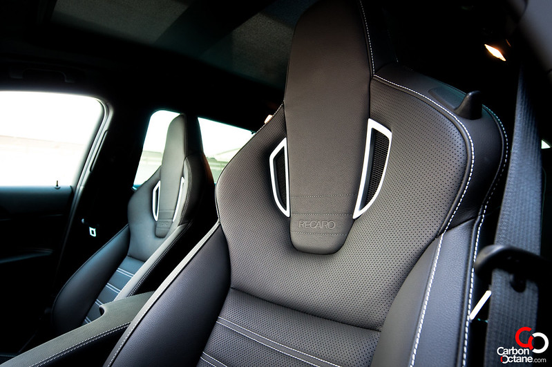 opel_insignia-frontseat