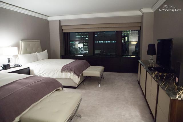 Bedroom suite at the Jewel Room