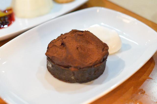 cocoa nib caramel tart whipped crème fraiche