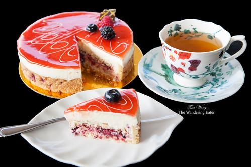 Mascarpone Fraise Cake with my Fortnum & Mason Countess Earl Grey Tea